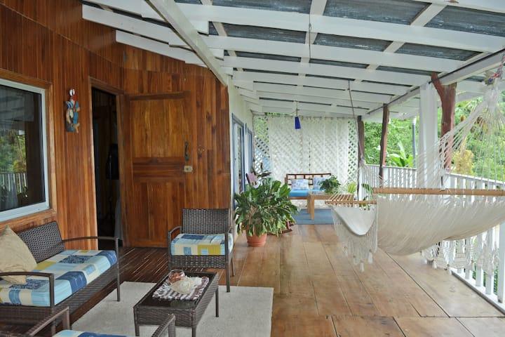 Kassandra´s House ocean view for 6