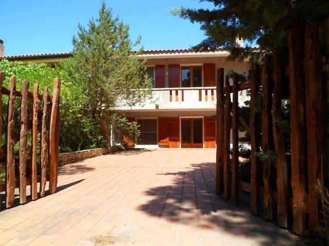 Casa dei Corbezzoli 2 Calaliberotto,100mt dal mare