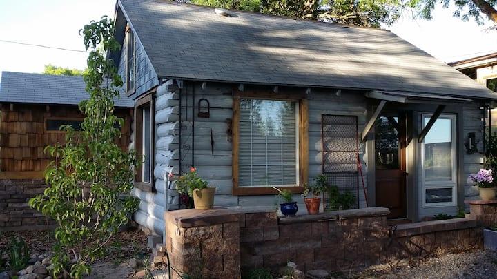 Private Creekside Cabin