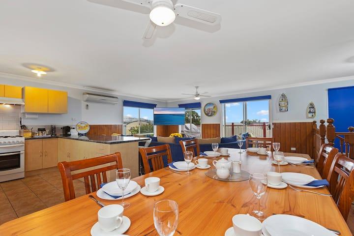 Casa De Apollo Bay (700mtrs from the Beach)