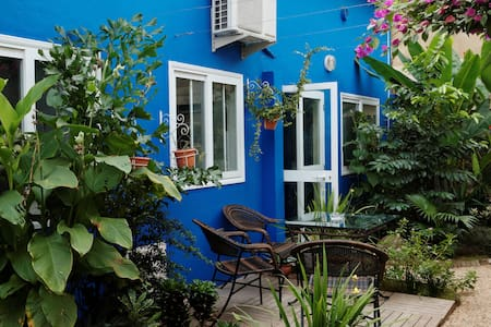 Majorelle Cotonou : la Maison Bleu - Κοτονού