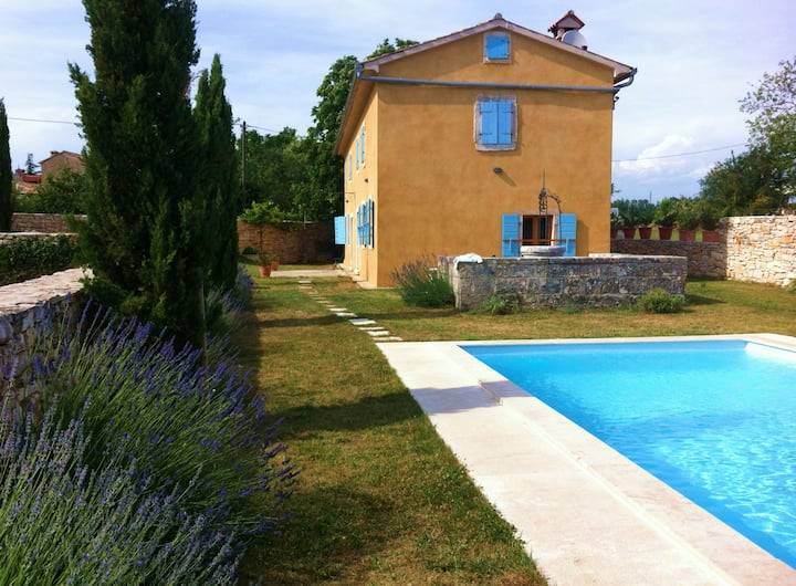 Traditional Istrian House w pool