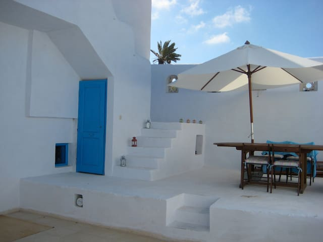 Architect's house in quiet place - Djerba Midun - House