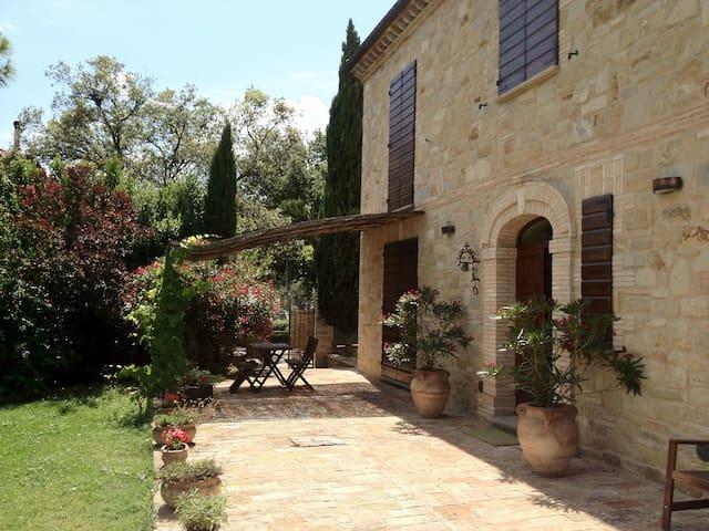 Villa recintata con piscina privata - Serripola - Willa
