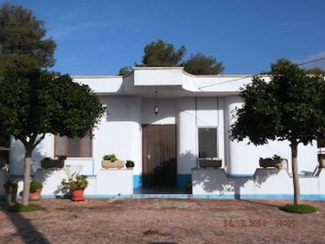Large house with a large garden - Marina di Pulsano - Talo