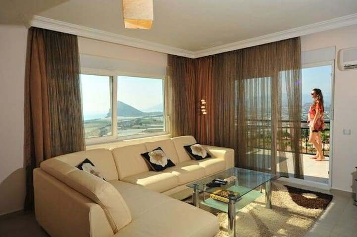 Tranquil sea views. Beaches. - Antalya - Flat