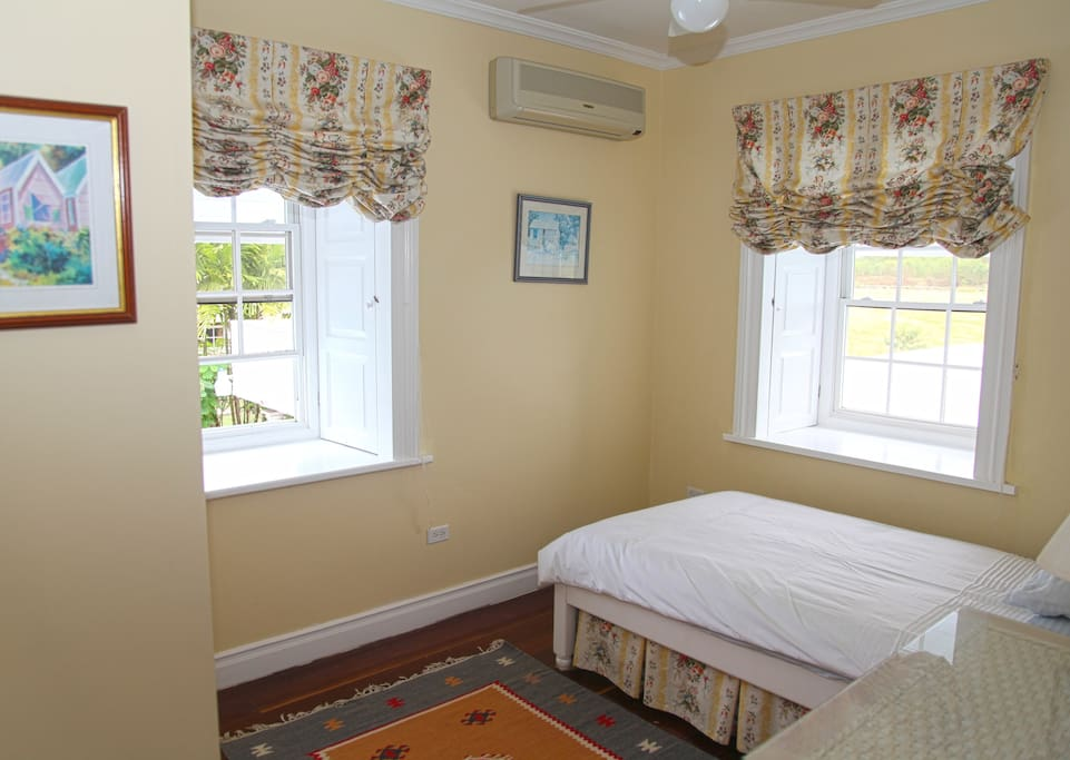 all bedrooms have ac!