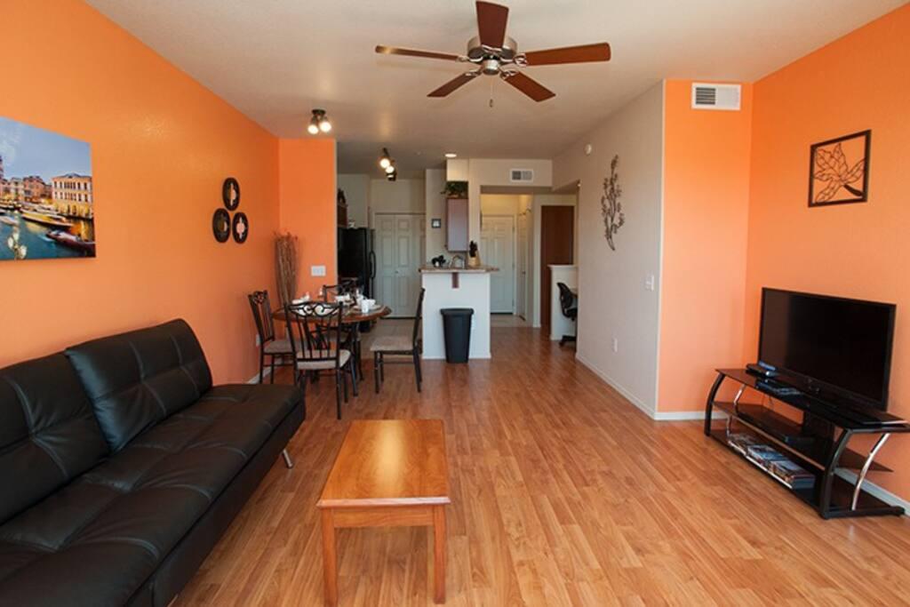 Brand new hardwood laminate floors to enjoy
