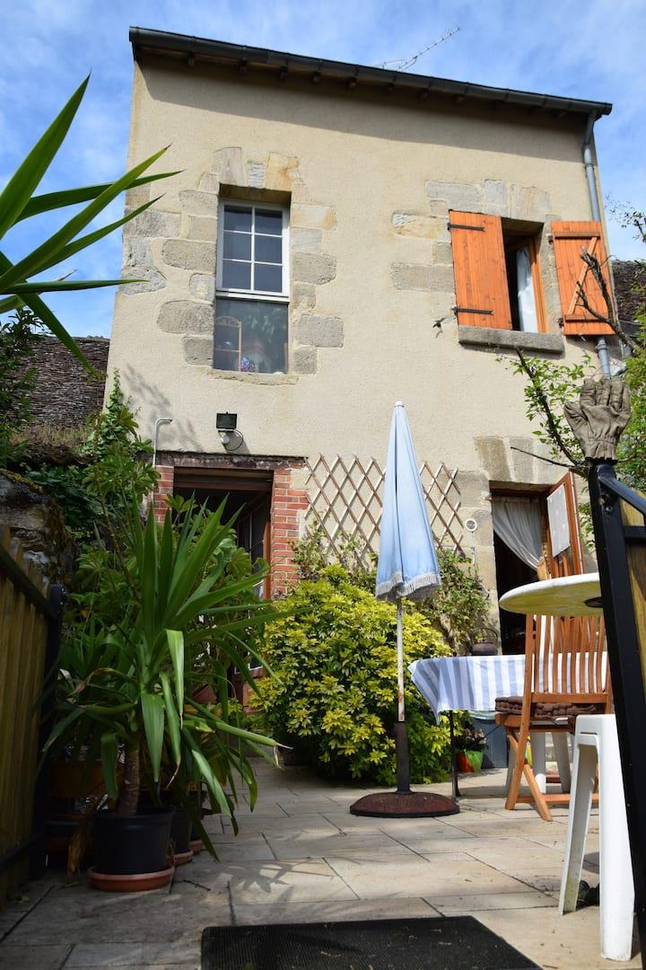 Au rendez-vous Cyclo-25 rue Venose-Petite chambre