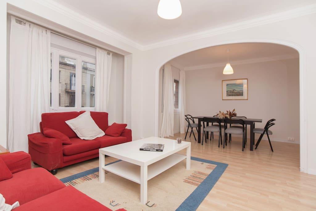 Apartment in a good location in bcn appartamenti in for Appartamenti barcellona affitto annuale