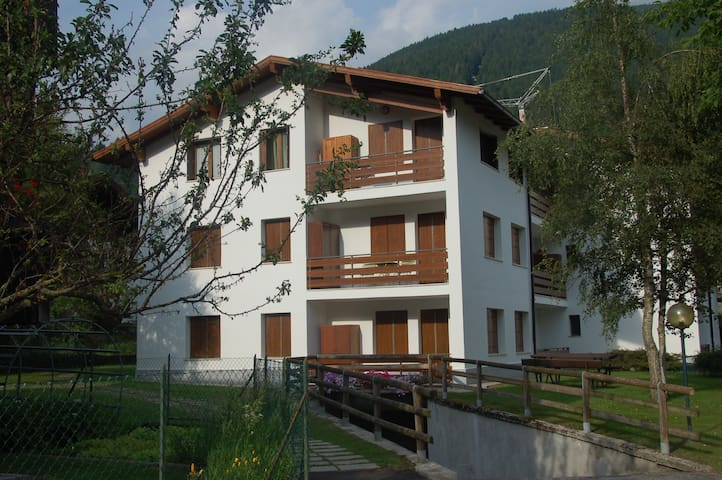 Lilliput Home-Felling at Home im a wonderful place - Pinzolo - Apartment