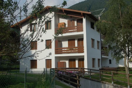 Lilliput Home-Felling at Home in a worderful place - Pinzolo