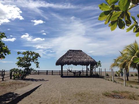 CASA KAYA, Beach House Right On the Ocean!