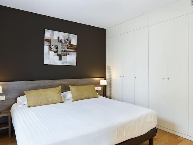 UD Rambla Suites & Pool  25 (1BR)