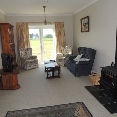 The Dollshouse Apartment, Masterton - Matahiwi - Apartamento