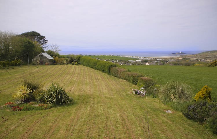 Stunning sea-view bungalow in the countryside - Gwithian - Bungalow