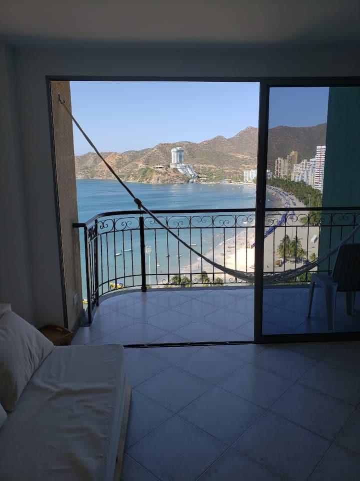 Hermoso Apartamento Con Vista al Mar y Piscina