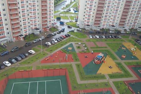 Сдам 1к.кв рядом с метро Бульвар Дмитрия Донского - Moskova - Huoneisto