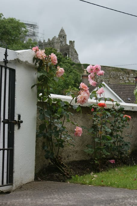 View of The Rock of Cashel from the front gate