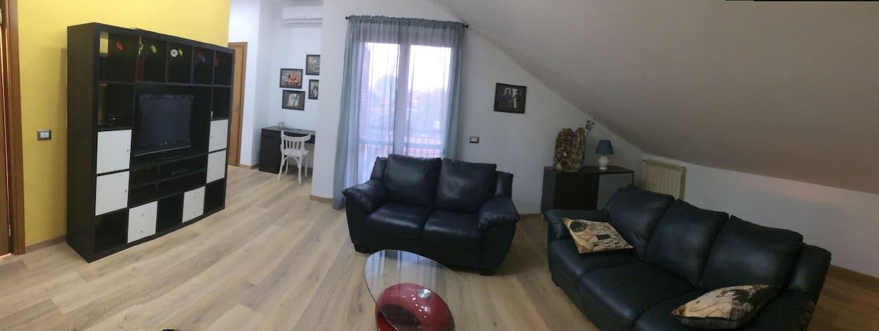 Appartamento nella vicina periferia di Napoli