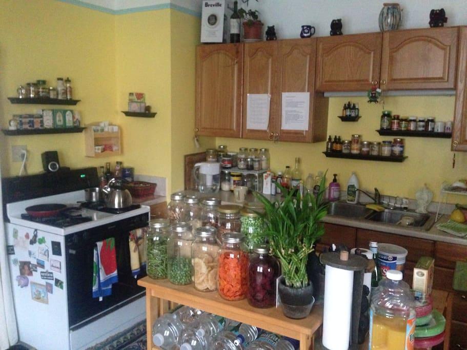 kitchen area - tea, coffee, snacks, herbs