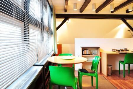 """Niedersachsen"" - Komfortable Suite - Hanover"
