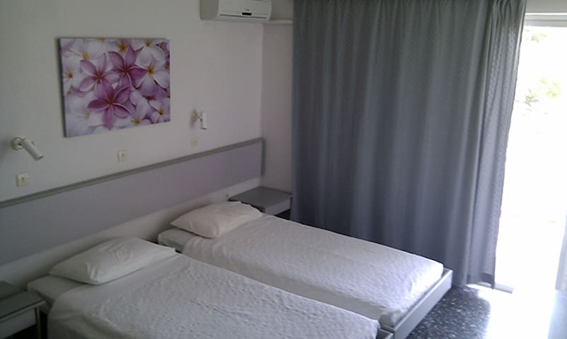 Dafne Apartments Studios - Faliraki - Apartment