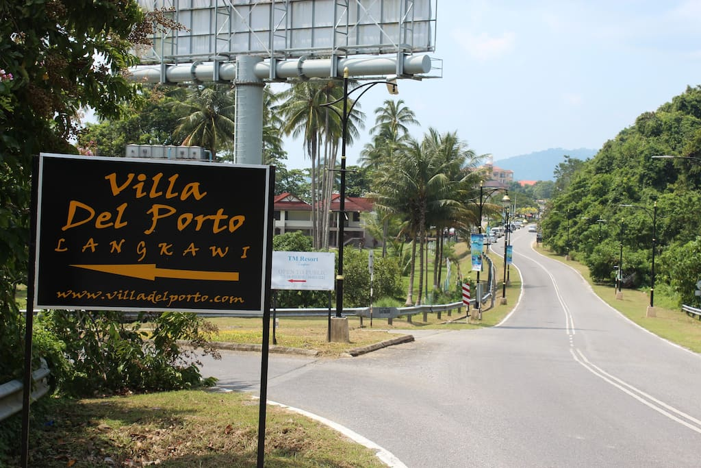 Direction to Villa Entrance