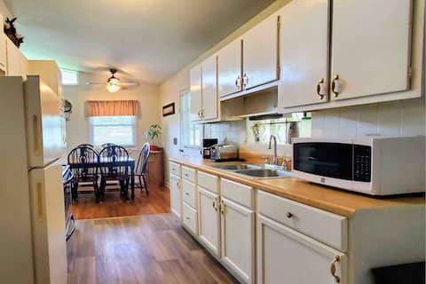 Private Family Home 20min to DT Raleigh