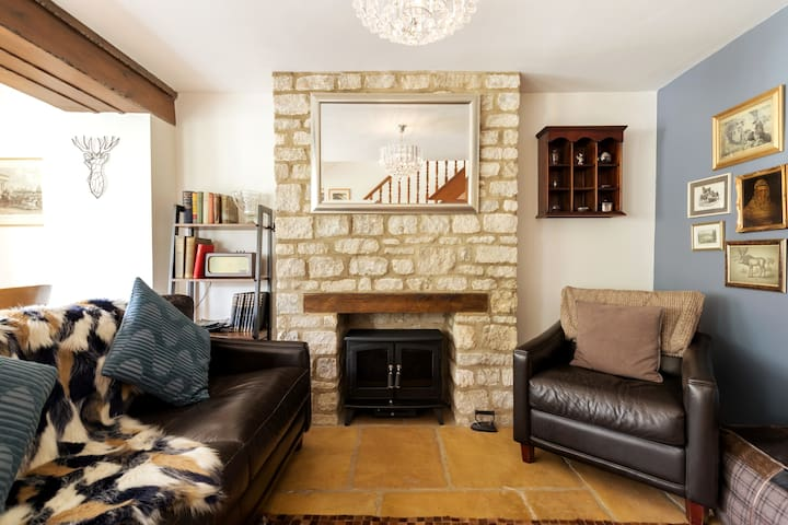 Chic, calm, tranquil Cotswold cottage near Burford