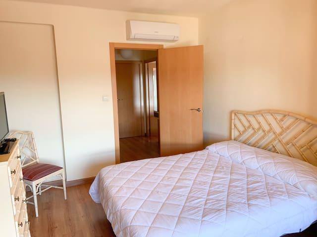 Big and sunny room