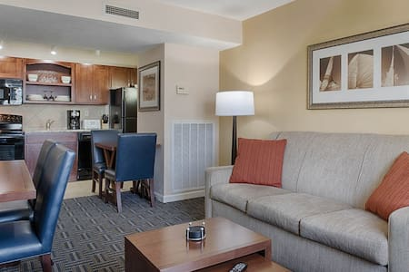 Wyndham Long Wharf Resort - Newport, RI