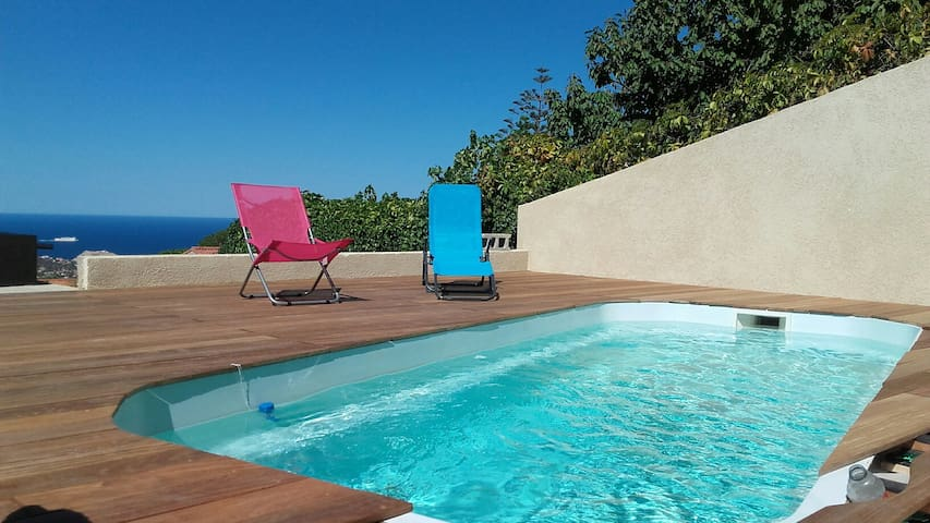 villa standing vue mer et piscine privative