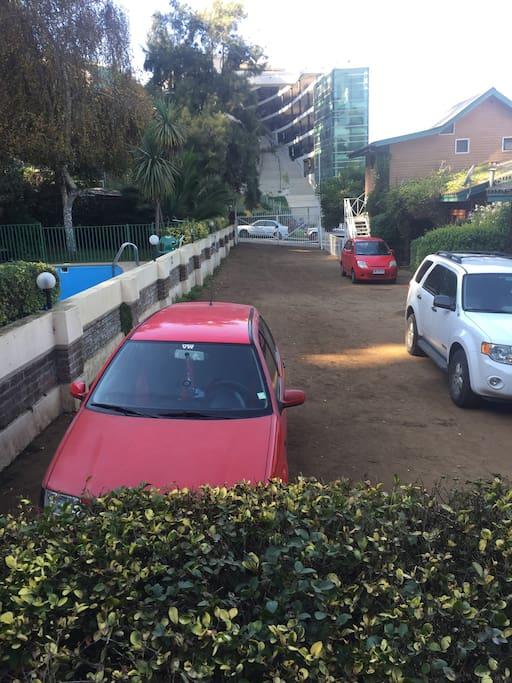 Estacionamiento Entrada Principal
