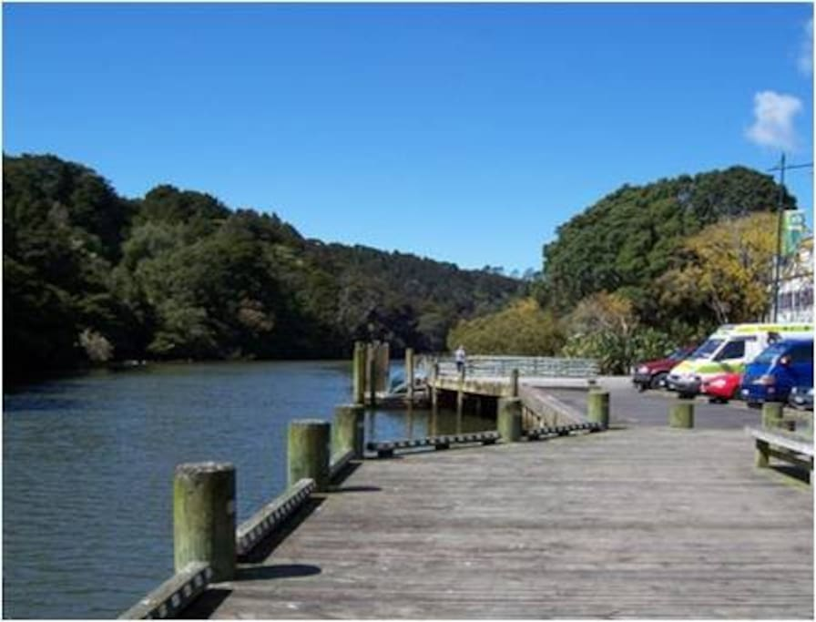 Mahurangi River and boardwalk