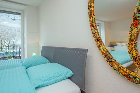 Grand Studio Manoir Midi Guestrooms - Martigny - Apartment