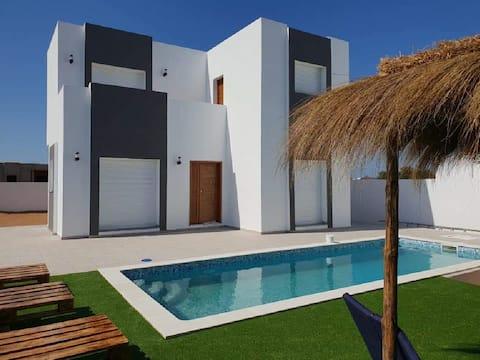 Villa de luxe avec piscine à 5 minutes des plages