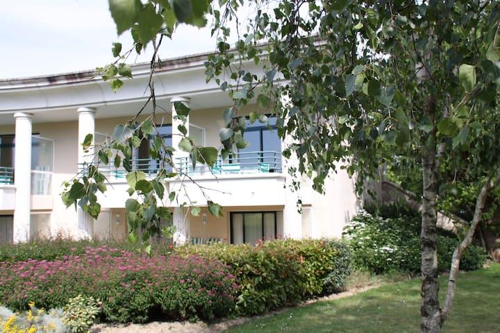 2 pièces sur le golf de la Baule - Saint-André-des-Eaux - Apartment