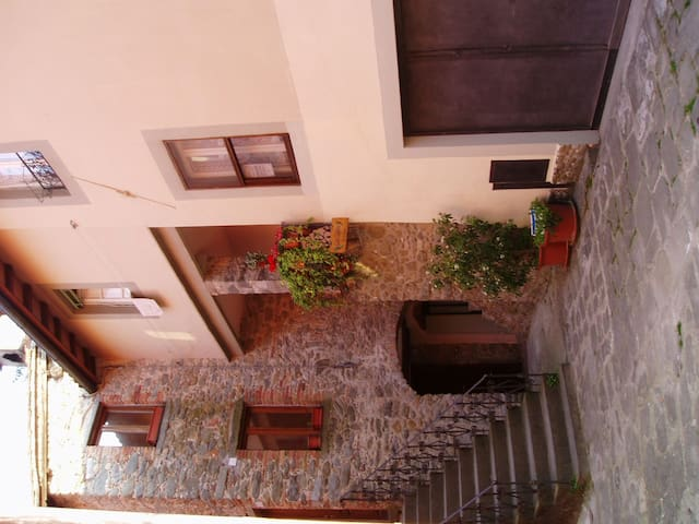 A large clean Italian house in Barga