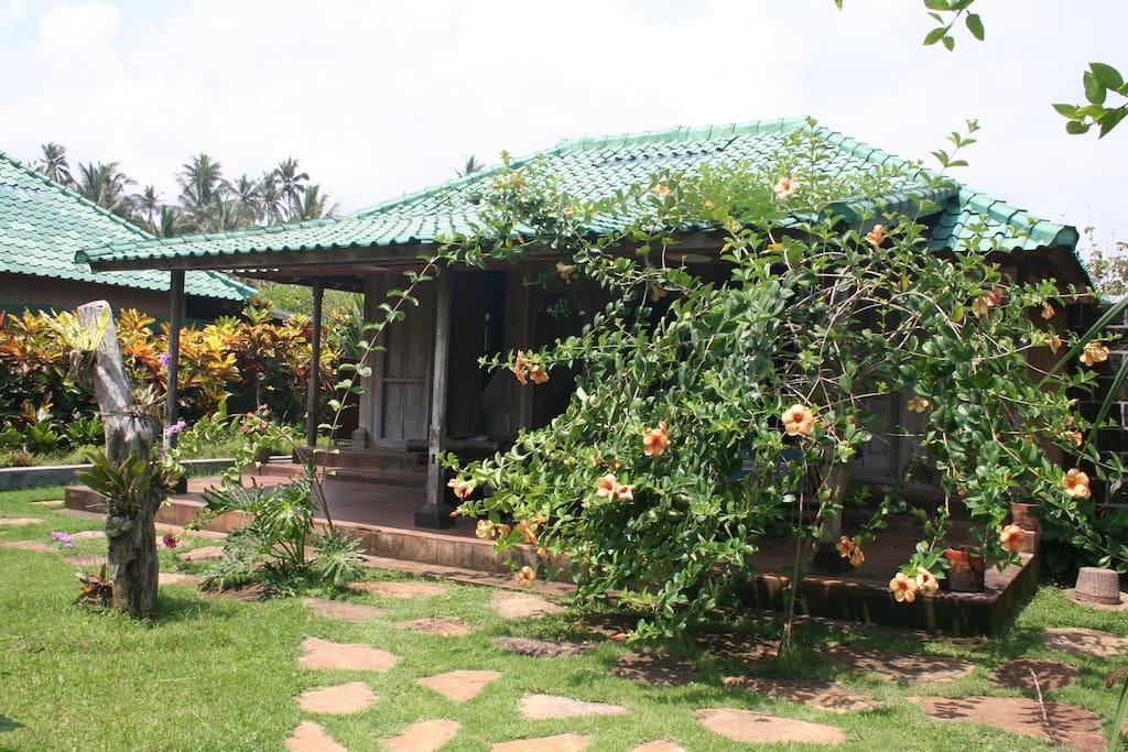 ganesha bungalow