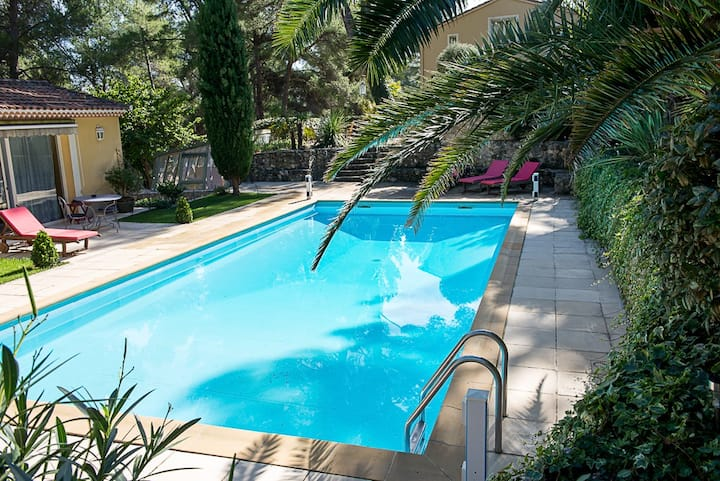 Chambre Lavande avec piscine