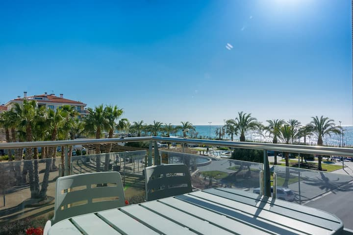 VistaMar beautiful apartment with amazing sea view