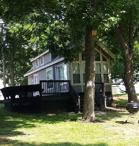 Camp Willow Cottage 2  Lake Dunlap - New Braunfels - Chalet