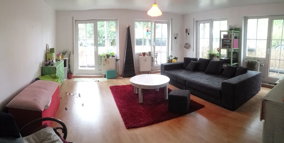 Berlin-Frohnau: furnished apartment 03-Aug-03-Sep - Berliini - Huoneisto
