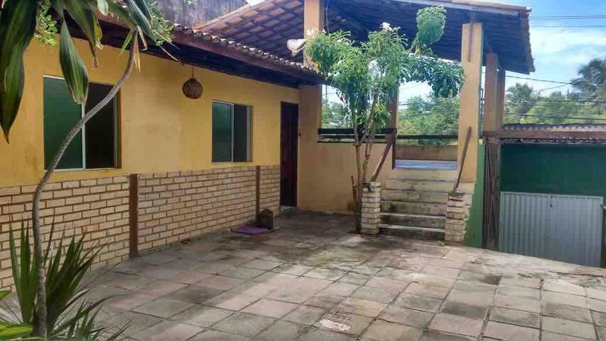 Casa em Condomínio Fechado - 900m da Praia