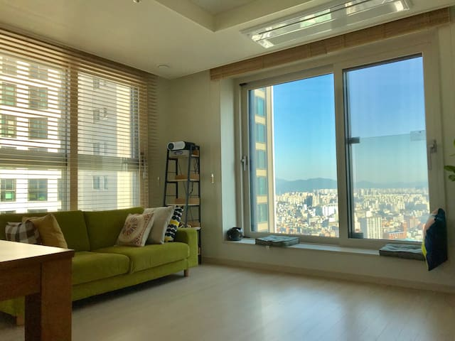 [NEW] Entire 2BR apt near Jamsil in brand new bdg