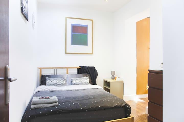 Double Bedroom in Victoria\Pimlico - Londen - Huis