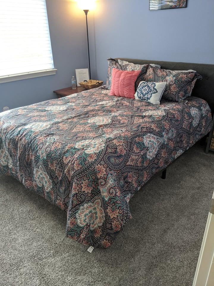 Cozy Room West Reno Near Truckee River-Hot Tub