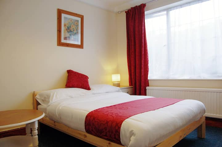 En Suite Double Room in a Beautiful Setting