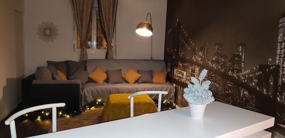 Studio flat in Saint-Denis 15 min away from Paris